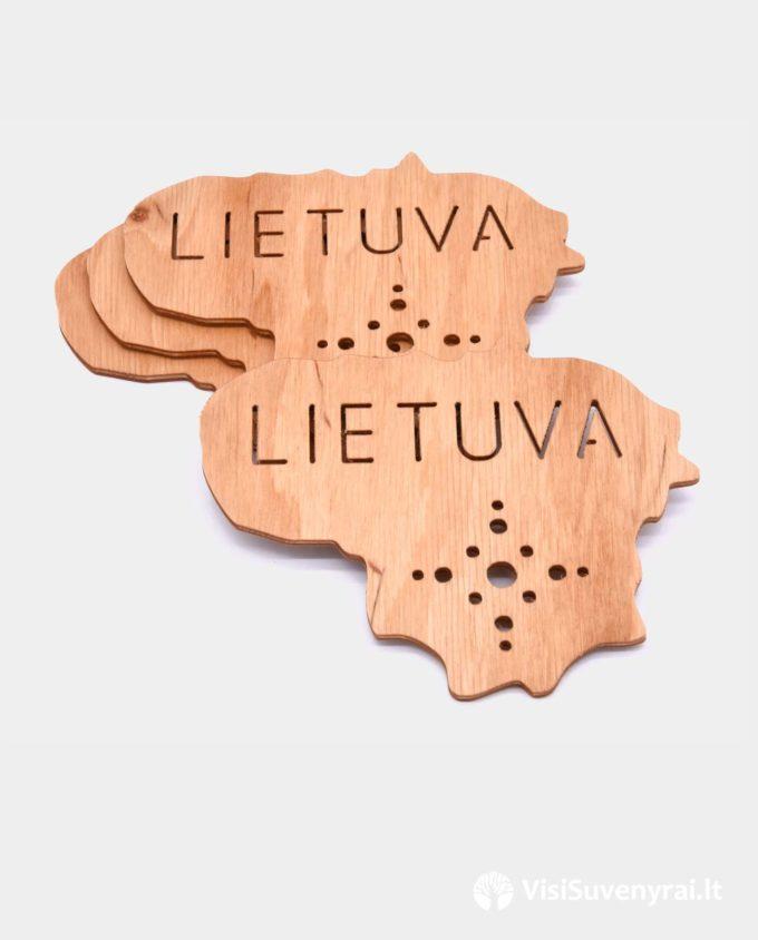 mediniai suvenyrai užsieniečiams Lietuva padėkliukai puodukams