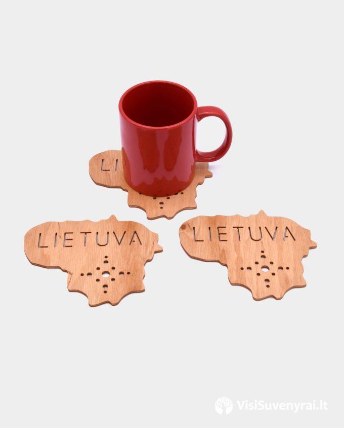 tautinės dovanos Lietuva suvenyrai mediniai padėkliukai