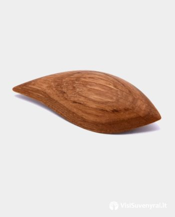 medinė sagė lapelis papuošalas