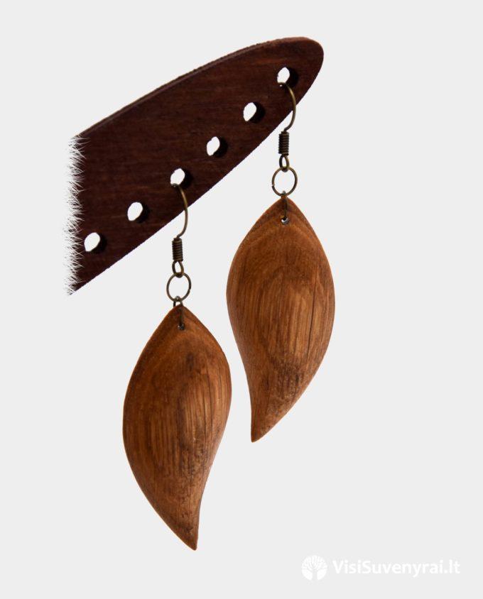 mediniai auskarai iš ąžuolo papuošalai internetu rankų darbo auskarai auskarėliai auskariukai